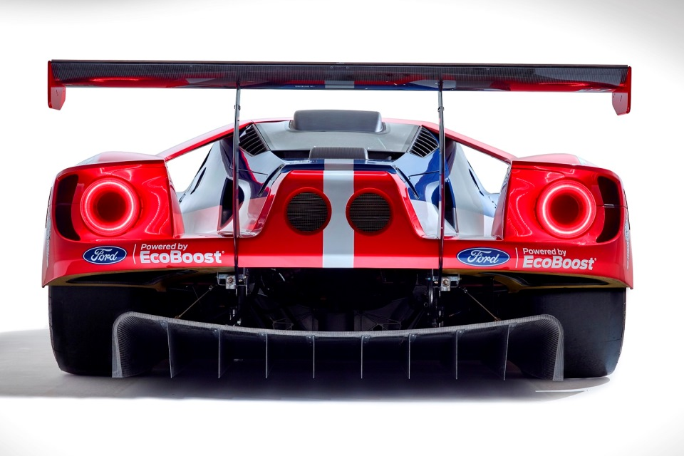 Photo 2 - Ford GT