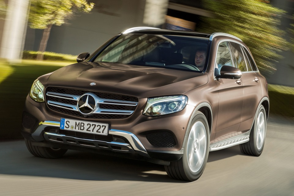 Mercedes benz glc all new c class based crossover makes for Mercedes benz cross over