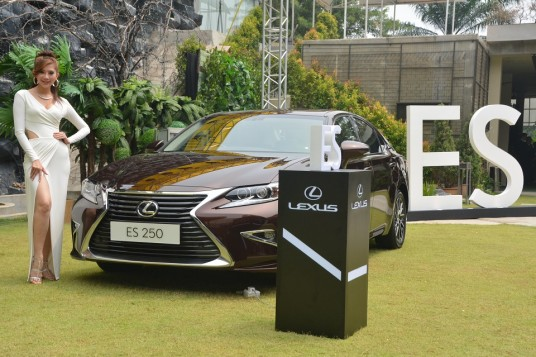 Facelifted Lexus ES launched in Malaysia