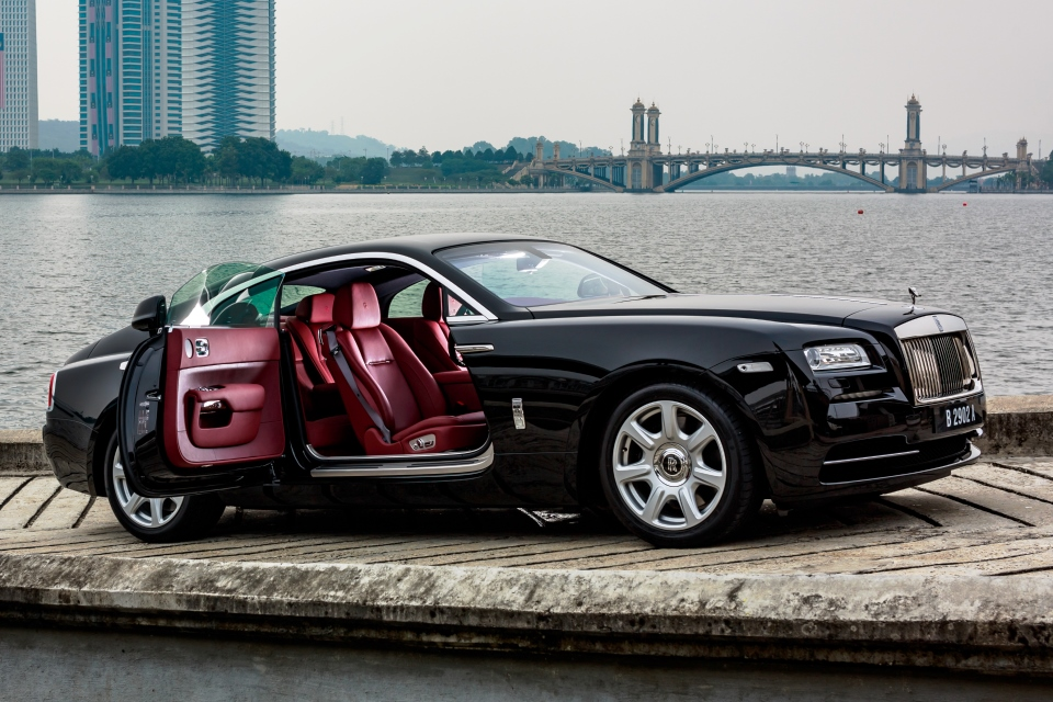 rolls royce wraith driving experience. Black Bedroom Furniture Sets. Home Design Ideas