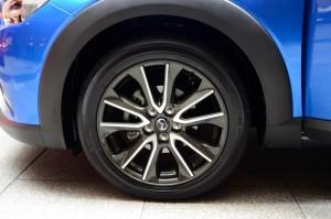 18-inch Alloy Wheels DSC_1714