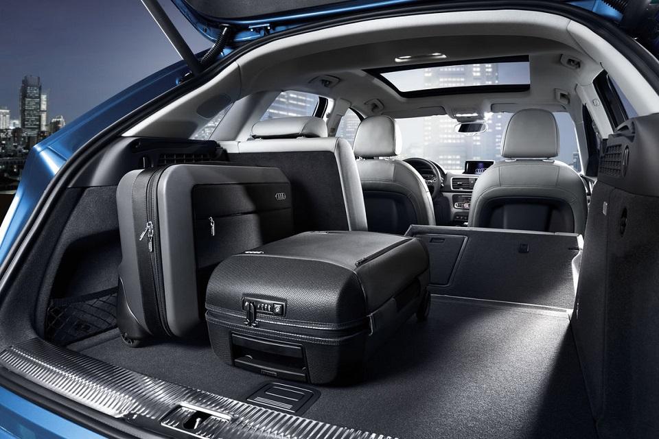 Audi Q3 - Storage Space