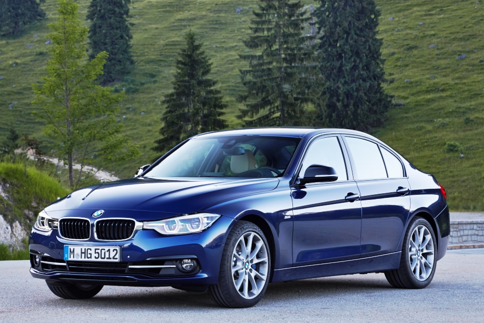 Bmw 3 Series F30 Lci Launched In Malaysia Autoworld Com My