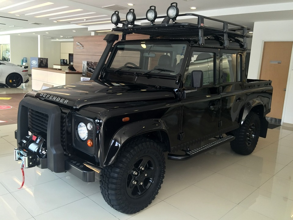 Land Rover Defender Limited Edition Launched Autoworld