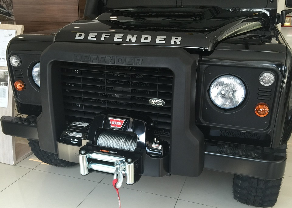 The WARN winch with 9,500 pounds of pulling capacity to get the Land Rover Defender Limited Edition out of sticky situations