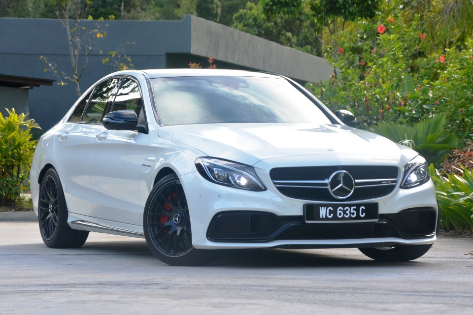 Mercedes-AMG C 63 S (W205) Test Drive Review - Autoworld com my