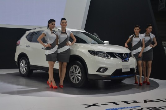 Thai Expo 2015 - Nissan launches X-Trail Hybrid