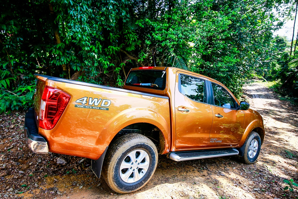 18 Drive_All-New NP300 Navara
