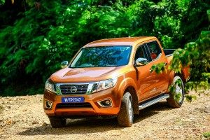12 Drive_All-New NP300 Navara