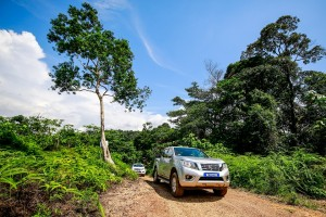 19 Drive_All-New NP300 Navara
