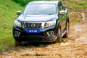 26 Drive_All-New NP300 Navara