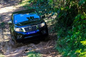 34 Drive_All-New NP300 Navara