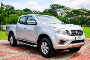 44 All-New NP300 Navara