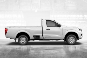 03 All-New NP300 Navara_Single Cab_Side view