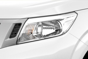 05 All-New NP300 Navara_Single Cab_Halogen Headlamps