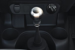 12 All-New NP300 Navara_Single Cab_6-Speed Manual Transmission