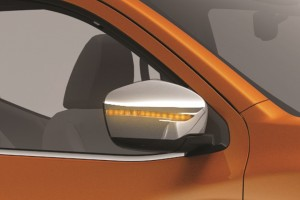 11 All-New NP300 Navara_Double Cab_LED Wing Mirror Signal Light