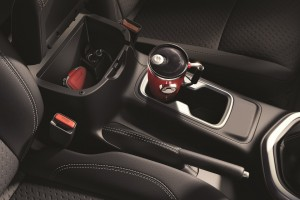 17 All-New NP300 Navara_Double Cab_Interior
