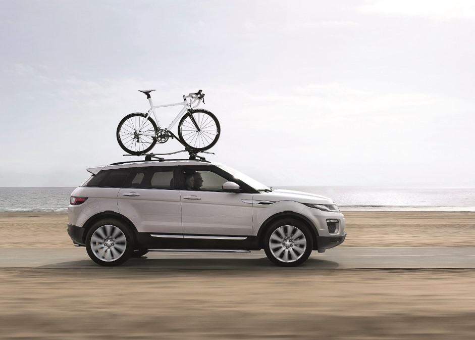 2016 Range Rover Evoque FL_Side with Bicycle Roof Rack_LR