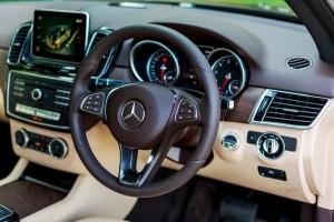 Mercedes-Benz GLE 400 4MATIC Dashboard