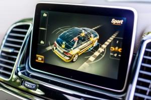 Mercedes-Benz GLE 400 4MATIC Screen 2
