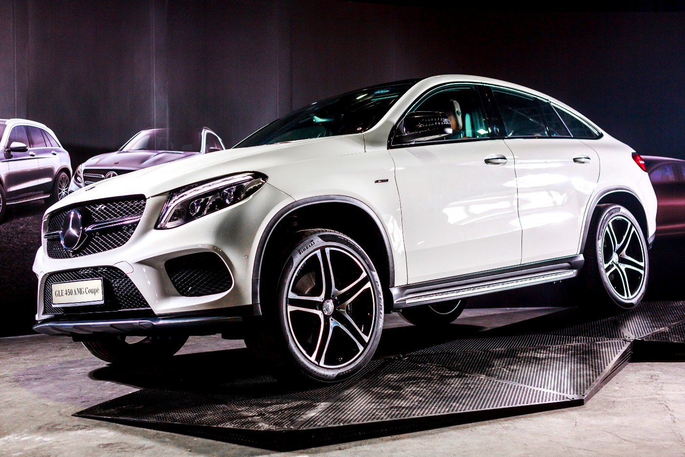 Mercedes benz launches premium suvs in malaysia for Mercedes benz suv range