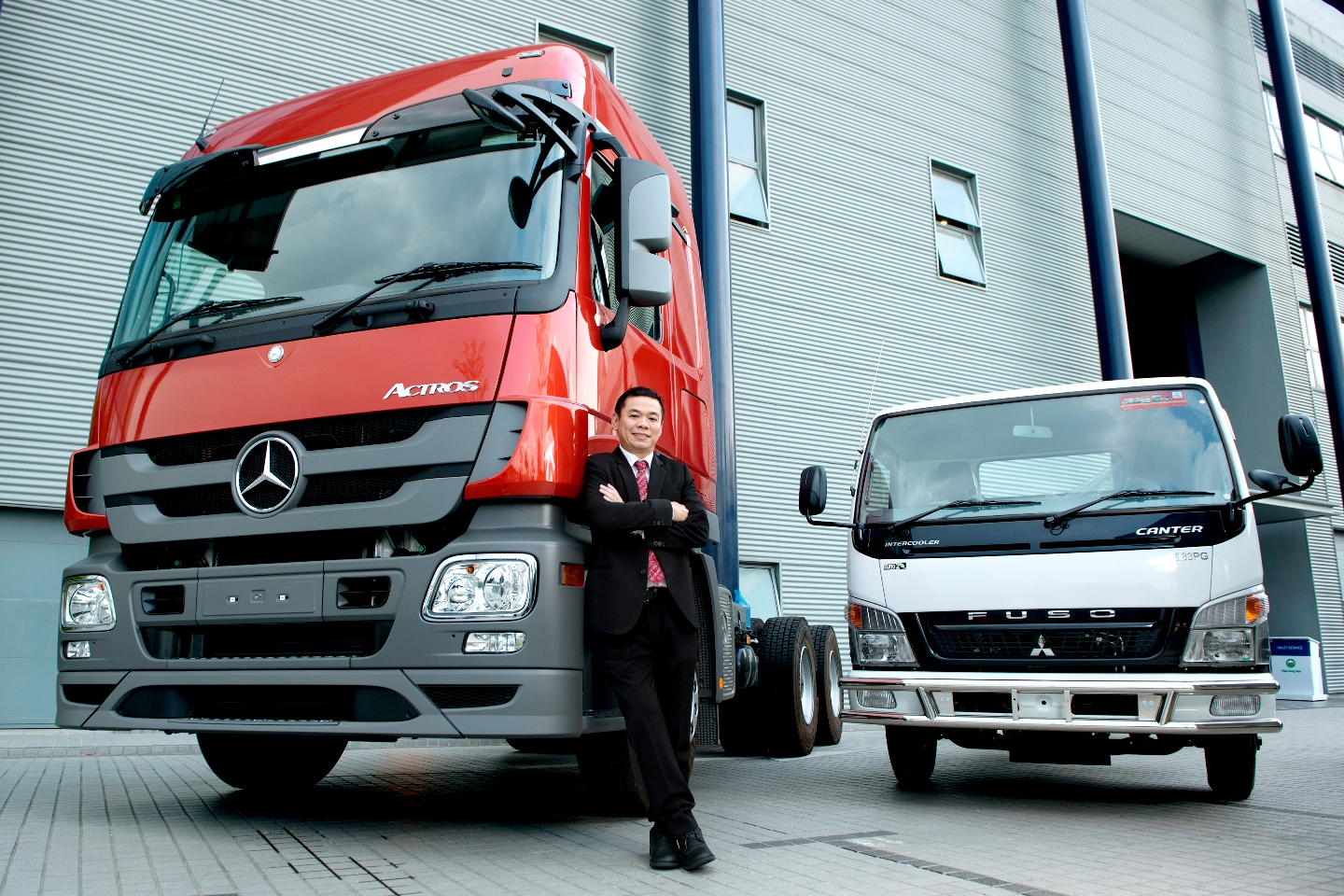 763cede4ab Mercedes-Benz Malaysia Commercial Vehicles Sales Up 5.5% - Autoworld ...