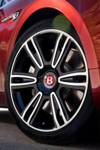 Bentley Flying Spur V8 S Wheel
