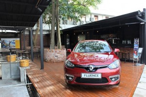 Upgraded Flagship Renault Showroom_Tavern 13 Outdoor