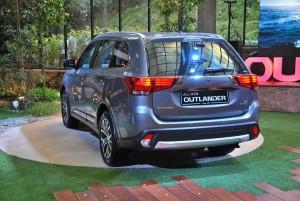 Mitsubishi Outlander Rear