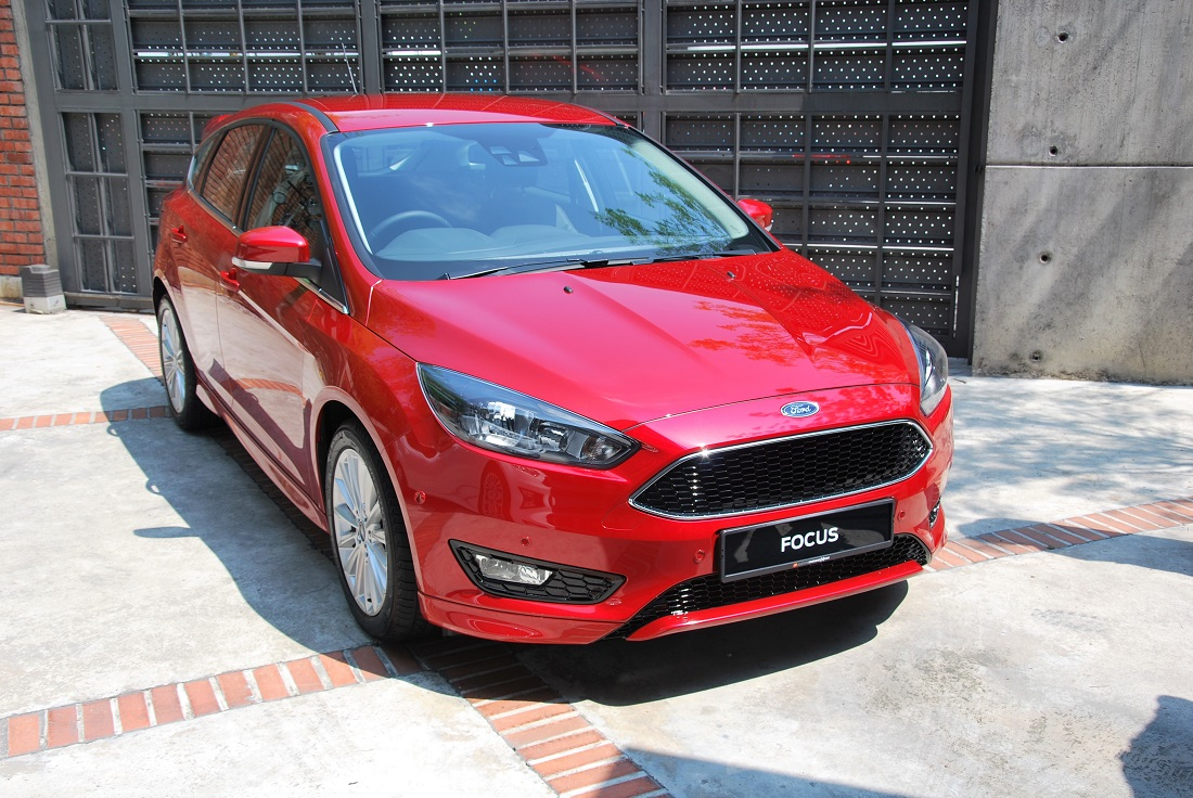 2016 ford focus launched in malaysia from rm 118 888 otr. Black Bedroom Furniture Sets. Home Design Ideas