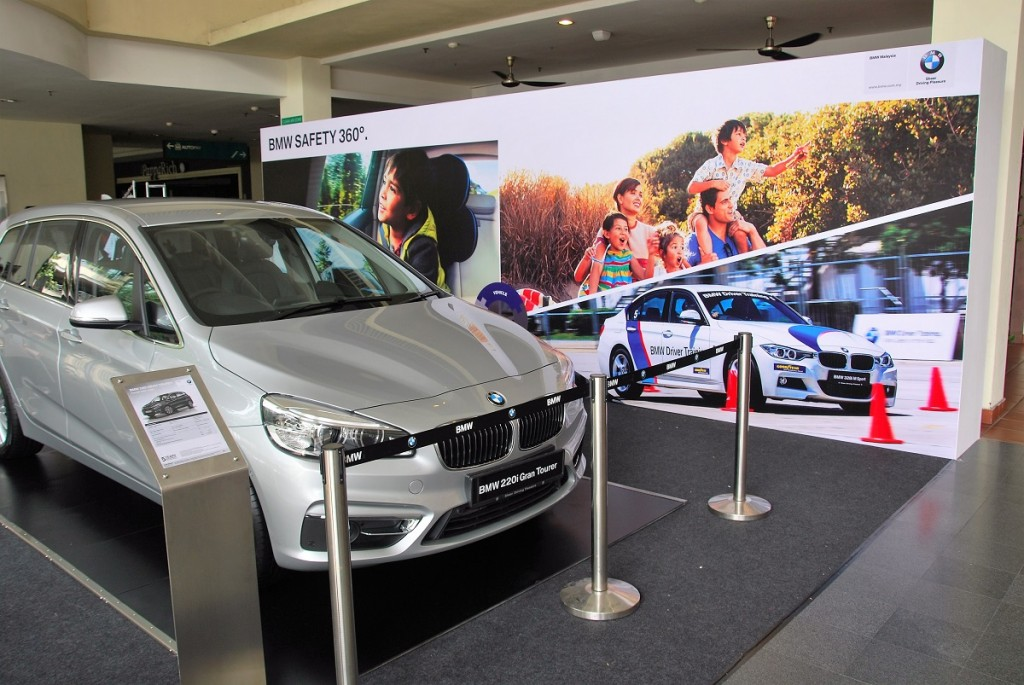 BMW Safety 360 program exhibit at Citta Mall ground floor until 15 May (Sun). You can also test drive the BMW 2 Series Gran Tourer.