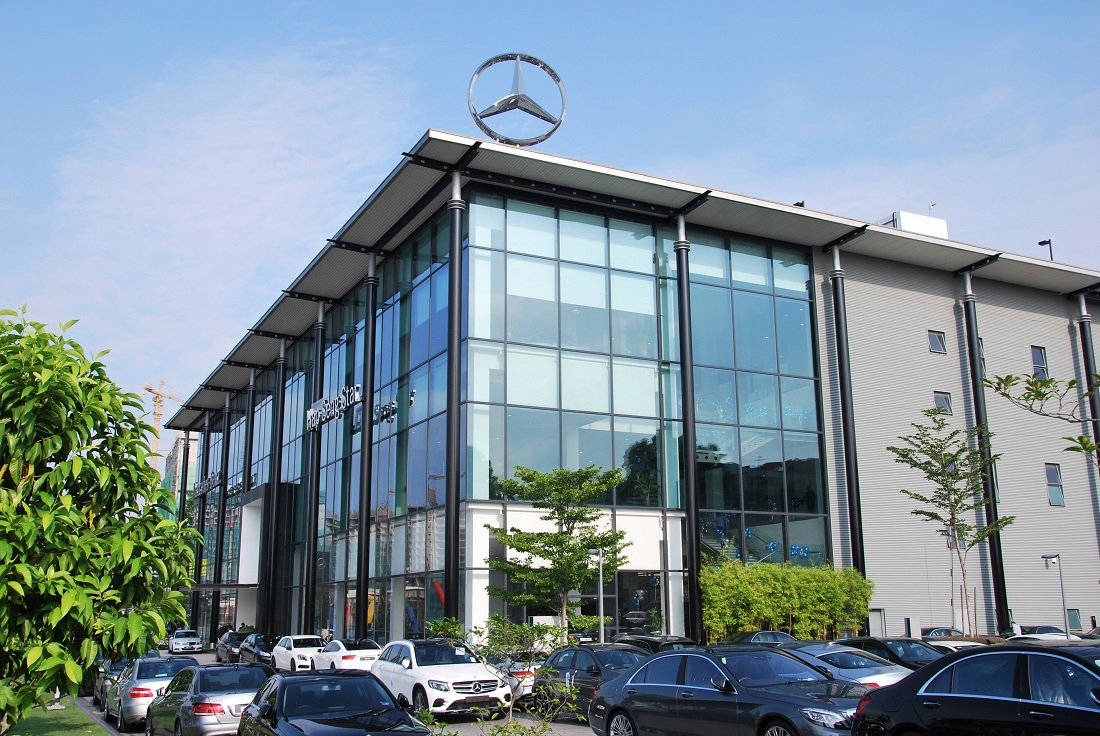 Pre owned mercedes benz centre at hap seng star balakong for Mercedes benz financial services payoff