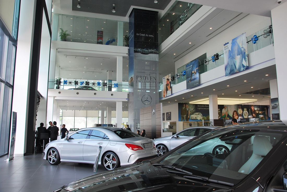 Pre owned mercedes benz centre at hap seng star balakong for Mercedes benz service centre