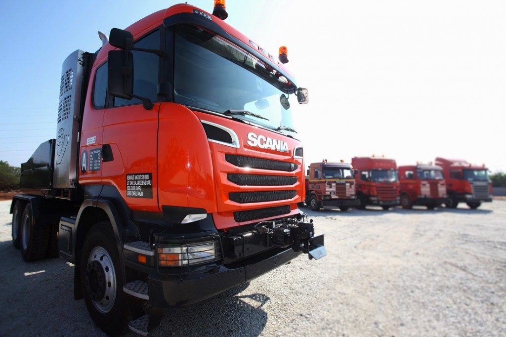 Scania R 580 Heavy Hauler - Tiong Nam Heavy Transport And Lifting