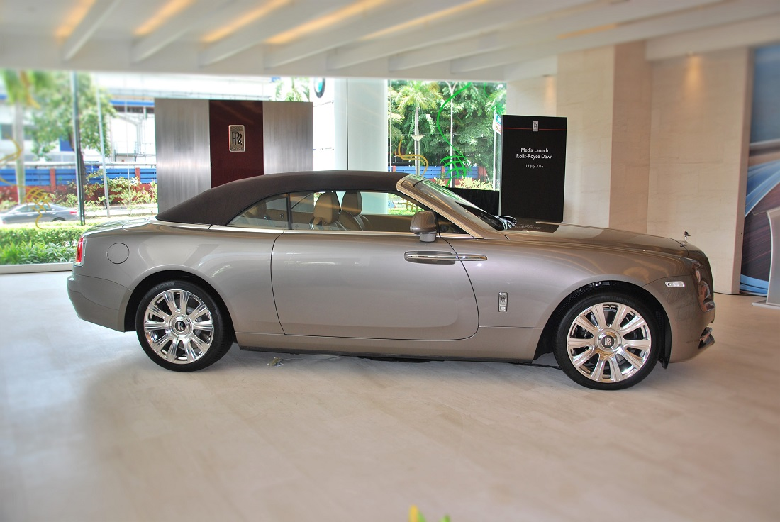 rolls royce dawn unveiled in malaysia. Black Bedroom Furniture Sets. Home Design Ideas