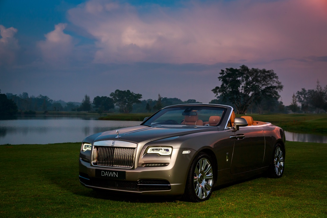 Rolls royce motor cars clears the air for Rolls royce motor cars
