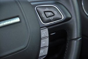 Range Rover Evoque Steering Buttons