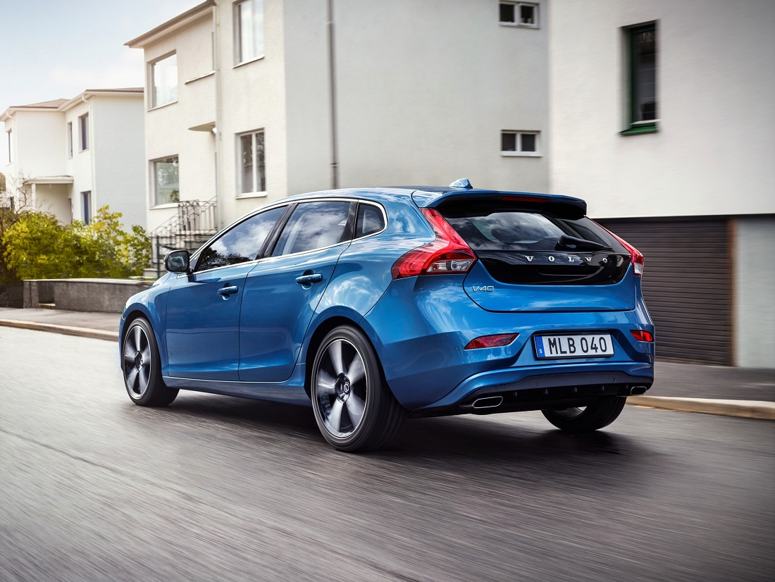 volvo v40 and xc60 get eev status prices revised. Black Bedroom Furniture Sets. Home Design Ideas