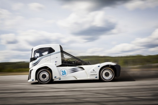 The Iron Knight - Volvo's Record-Breaking Truck