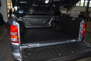 Mitsubishi Triton Adventure X Flatbed