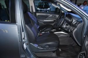 Mitsubishi Triton MIVEC Front Seats