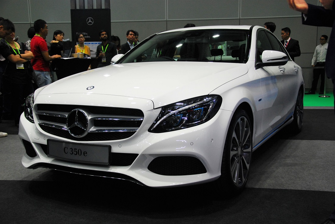 C 350 e tops mercedes benz malaysia 39 s c class range for Hybrid mercedes benz