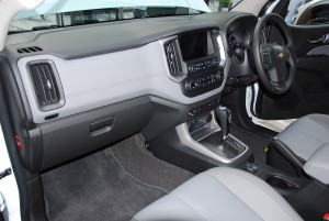 2016 Chevrolet Colorado LTZ Malaysia Launch Dashboard