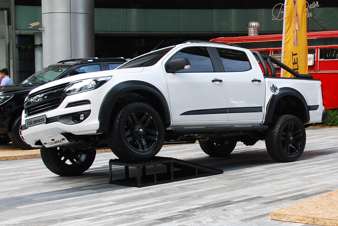 2016 Chevrolet Colorado Lt With Optional Accessories Malaysia