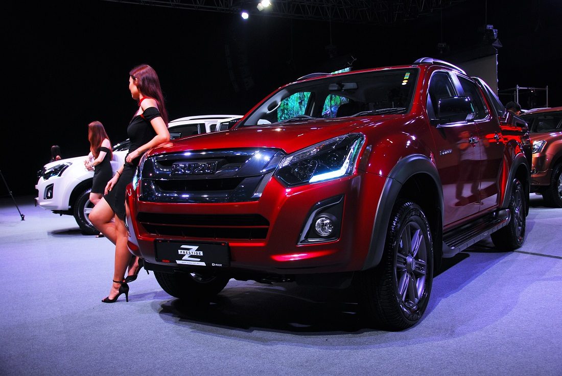 isuzu malaysia facelifts popular d max pick up truck. Black Bedroom Furniture Sets. Home Design Ideas