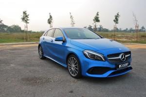 Mercedes-Benz A200 AMG Line Blue Front 3 Qtr