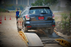 Subaru Forester 2.0i-P Obstacle Course Rear View 2016