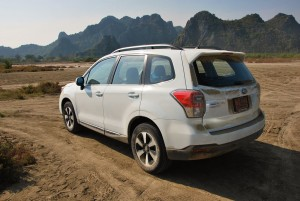 Subaru Forester 2.0i-P Dirt Rear View 2016 Malaysia