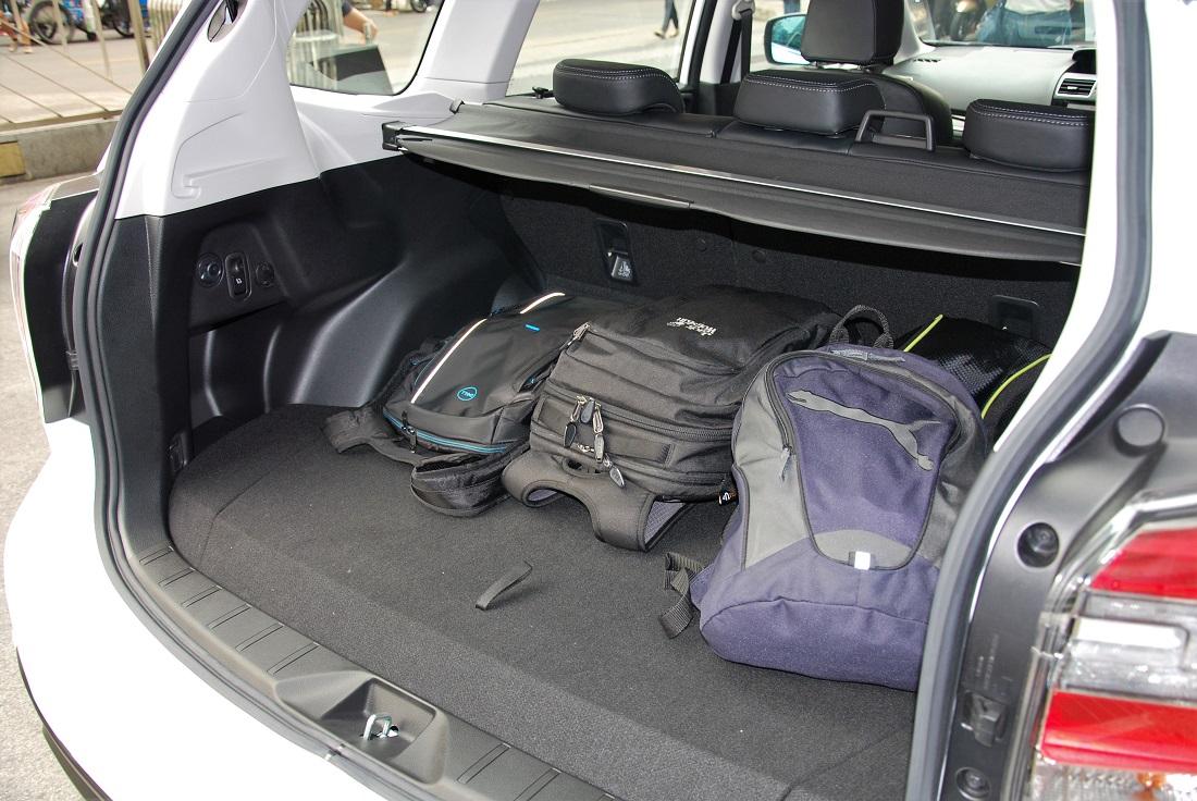Subaru Forester Cargo Space >> Subaru Forester 2 0i P Cargo Space 2016 Autoworld Com My